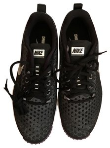 Nike Black/metallic silver Athletic