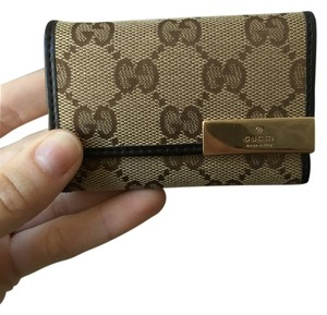 Gucci Gucci Monogram key holder