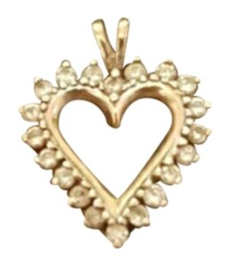 Other Gold and diamond heart pendant