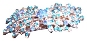 big knockout brilliantly sparkling blue crystal rhinestone floral bowtie hair clip barrett large accessory