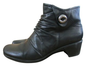 Earth Origins black Boots