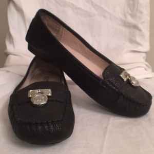 Michael Kors Leather Slip-ons Loafers Comfortable Black Silver Flats