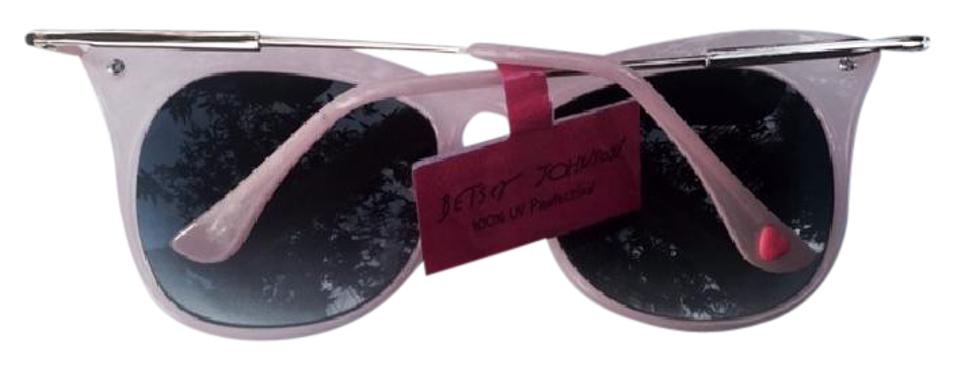d77fb5f4aa2e0 Betsey Johnson NEW W TAG - Cat Eye Pink with gold tone temples - Very. 12345