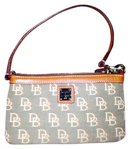 Dooney & Bourke D&B wallet clutch