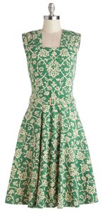 Effie's Heart short dress Green Comfortable Belted Modcloth on Tradesy