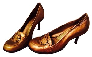 Gianni Bini Bronze Pumps