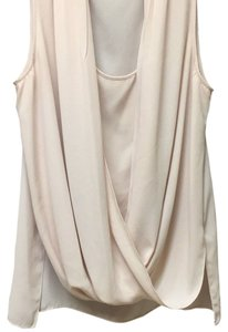 Vince Camuto Top Peachy or nude