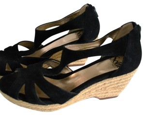Eürosoft by Söfft Black Wedges