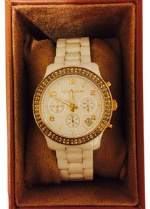 Michael Kors Michael Kors Women's Chronograph White Ceramic Bracelet Watch - MK5237