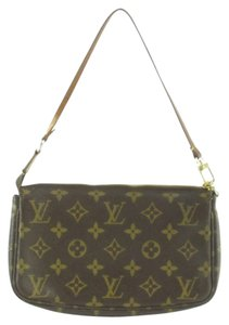 Louis Vuitton LOUIS VUITTON Monogram Canvas Mini POCHETTE ACCESSORIES Storage Bag