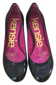 Kensie Pumps