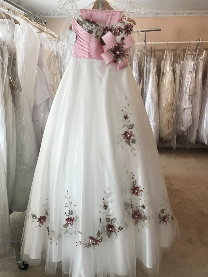Tony Bowls Pink and White 112515 Le Gala Long Formal Dress Size 2 ...