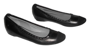 CoSTUME NATIONAL Leather Studs Cap Toe Demi Wedge Chic Design Made In Italy Black Flats