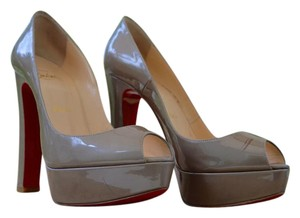 Christian Louboutin Bamboo Heels Light Brown Pumps
