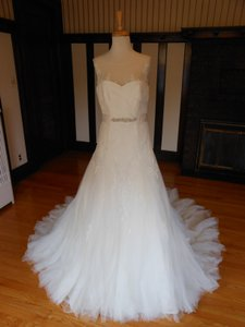 Pronovias Nieves Wedding Dress