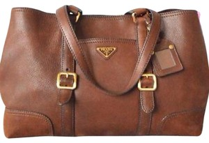 Prada Shoulder Hobo Satchel Gucci Tote in Brown