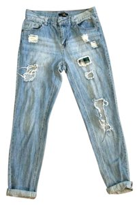 Forever 21 Distressed Boyfriend Cut Jeans-Distressed