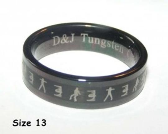 Preload https://item2.tradesy.com/images/black-bogo-free-free-shipping-men-s-wedding-band-151161-0-0.jpg?width=440&height=440