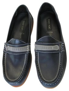 Foot Port Size 42 (11.00 M Usa Leather Navy Flats