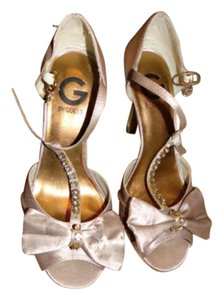 Guess Studded Satin Sandal nude-rose Pumps