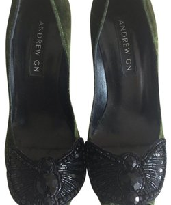 Andrew Gn Green Pumps