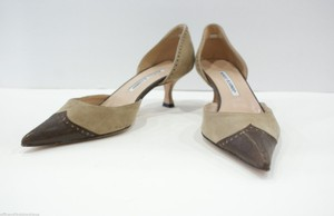 Manolo Blahnik Tan Beige Pumps