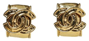 Chanel Chanel Gold CC Clip On Earrings 94P