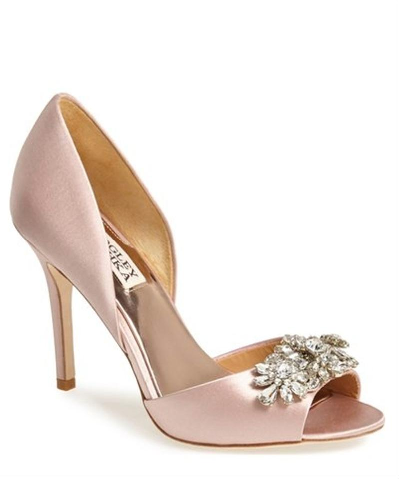 a90b4407af10 Badgley Mischka Blush Giana D orsay Pump Formal Shoes Size US 6 ...