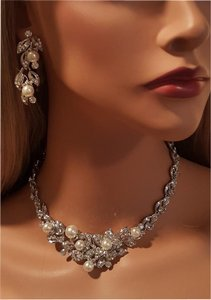 Bridal Faux Pearl Austrian Crystal Necklace Set