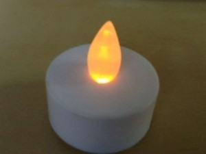 White with Amber Glow 175+ Led Tea Lights Votive/Candle