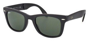 Ray-Ban Ray-Ban Wayfarer Folding Classic Sunglasses. Matte Black and Green Lens. Model RB4105 601-S