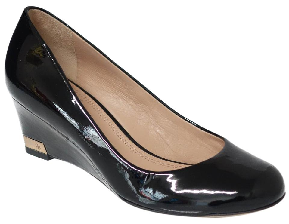 5575e54b9298 Tory Burch Black Astoria Patent Leather Wedges Size US 5 Regular (M ...