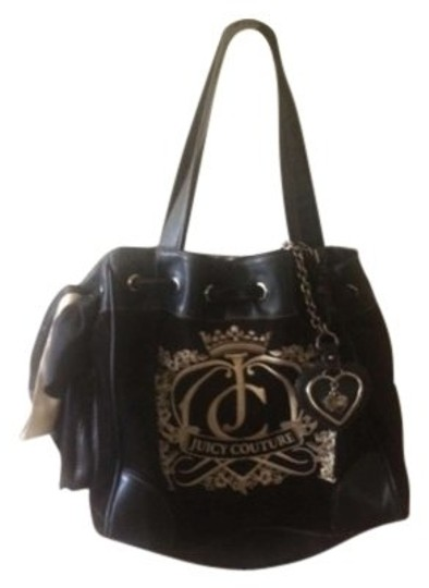 Preload https://img-static.tradesy.com/item/151268/juicy-couture-leather-black-velour-daydreamer-w-black-ribbon-and-cream-accents-tote-0-0-540-540.jpg