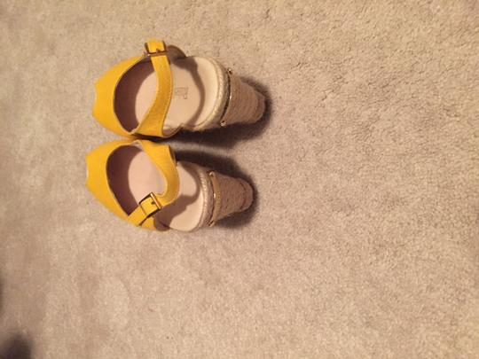 Bag & Shoes- Combo Yellow Tote in Shoes &