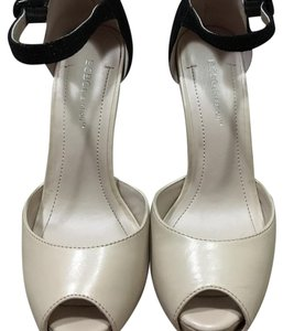 BCBGeneration Pumps Platform Cream & Black (Color Block Platforms