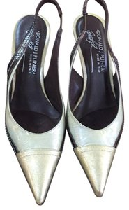 Donald J. Pliner Gold, brown Pumps