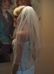 Bridal 2 Tier Scalloped Beaded Veil Light Ivory