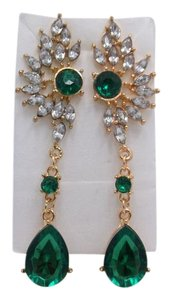 Other Royalty Green Estate Look Fashion Earrings w Free Shipping