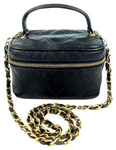 Chanel Vanity Vintage Quilted Leather Chain Shoulder Bag