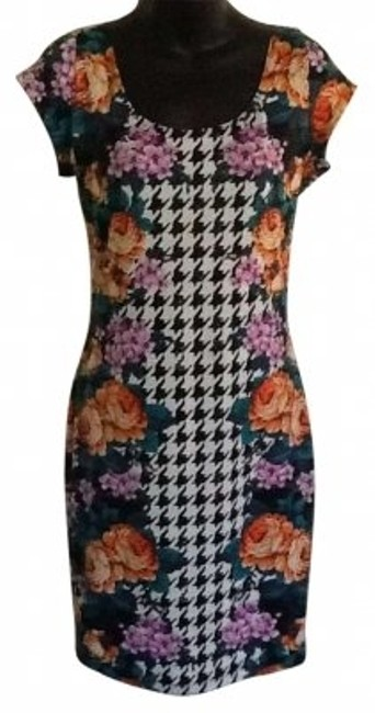 Preload https://item1.tradesy.com/images/fire-black-white-and-floral-above-knee-short-casual-dress-size-12-l-151335-0-0.jpg?width=400&height=650