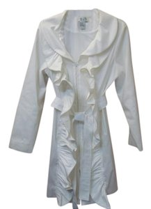 D&Y Spring Ruffles white Jacket