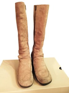 Hush Puppies Classic Taupe Boots