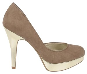 Fergalicious by Fergie Tan Pumps