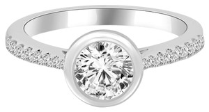 Avi and Co 1.36 cttw Round Brilliant Cut Diamond Accented Engagement Ring 18K White Gold