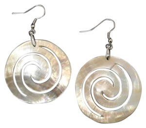 losangelesbeads Swirl Natural Shell Earrings
