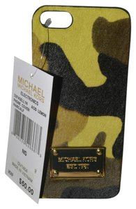 Michael Kors MICHAEL KORS Camouflage Hair Calf Phone Case For IPhone 5, 5s Acid lemon $50