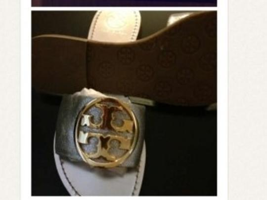 Tory Burch With Iconic Medallion Silver and gold Sandals