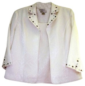 Draper's and Damon's Dressy Holidays Crusing White Brocade Jacket and Shell Jacket