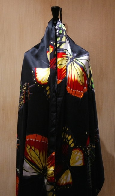 Moo Roo Silk And Velvet Elegant Wrap Cocktail Formal Events Rare Limited Edition Cape