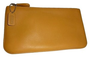 Coach COACH Smooth Tan Calf Leather Zippered Accessory Cosmetics Wallet 6990